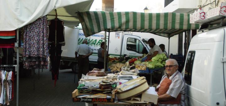 Auf dem Markt kann man günstig einkaufen