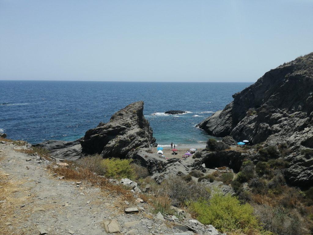 Kleine Bucht in der Gemeinde Cuevas